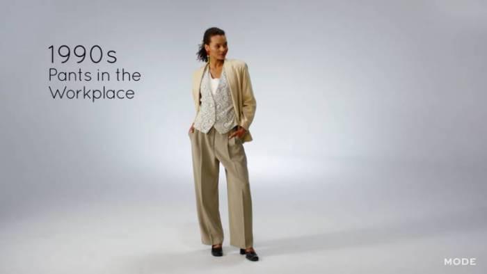 Именно в 1990-х брючный костюм прочно осел в гардеробах деловых женщин.