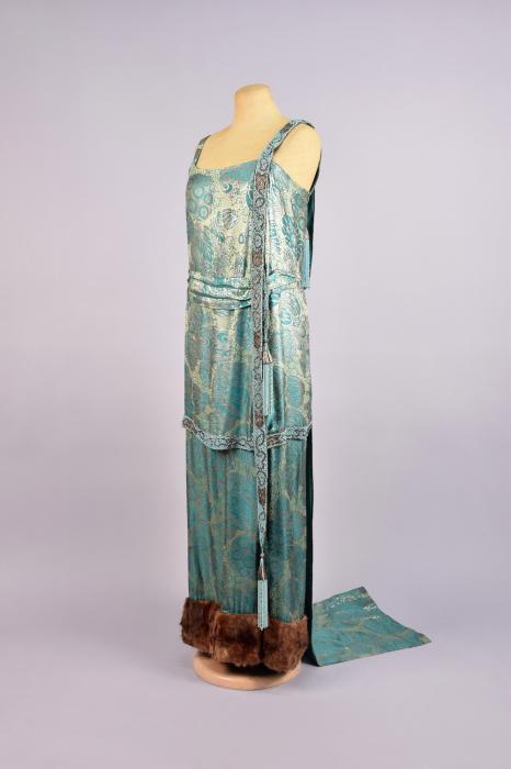 Винтажное платье начала ХХ века.