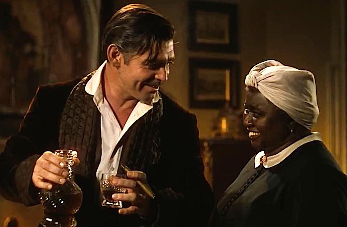 Хэтти Макдэниел (Hattie McDaniel) стала первой темнокожей обладательницей Оскара.| Фото: cinephiled.com.