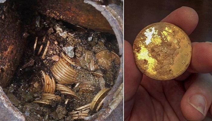Золотые монеты, найденные во дворе частного дома.