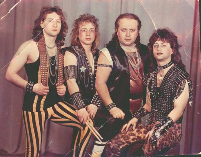 Белорусский метал–бэнд «Вепри суицида». | Фото: i.dailymail.co.uk.