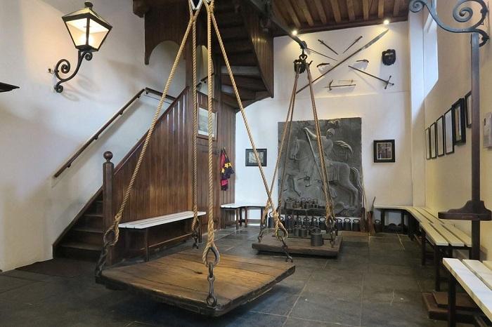 Ведьмины весы в голландском городе Оudewater. | Фото: amusingplanet.com.