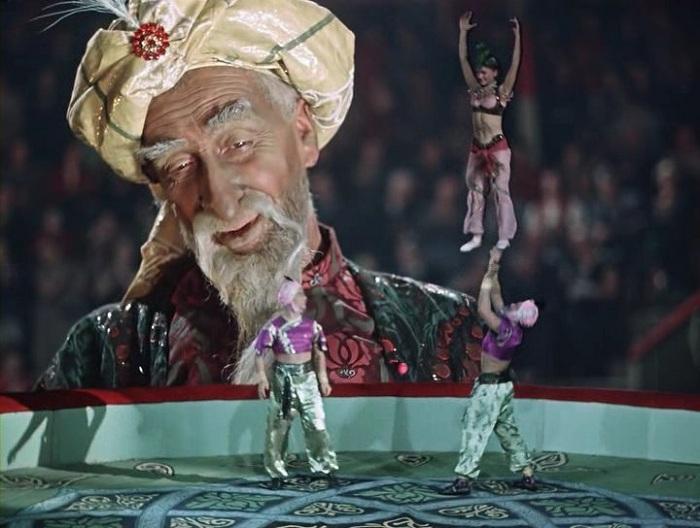 Кадр из к/ф «Старик Хоттабыч». Реж. Г. Казанский, 1956 год. | Фото: svoj-psiholog.ru.