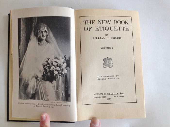 «Новая книга этикета». Автор: Лилиан Эйхлер. | Фото: messynessychic.com.