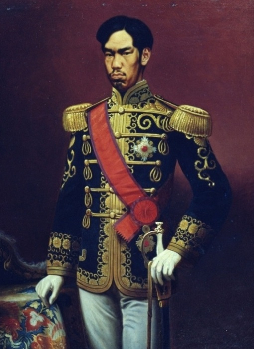 Снимок японского императора Мэйдзи. | Фото: cdnimg.rg.ru.