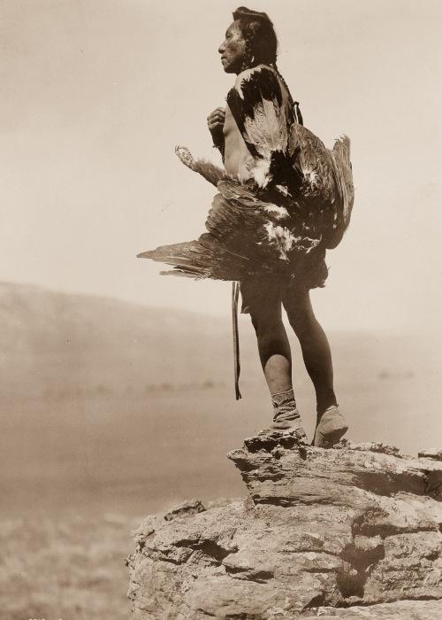 Североамериканский индеец. Ретро-фотография.
