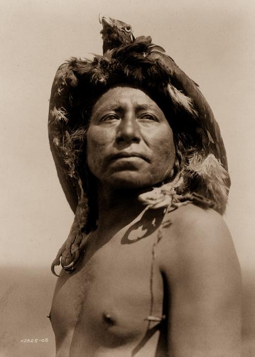 Североамериканский индеец. Ретро-снимок.