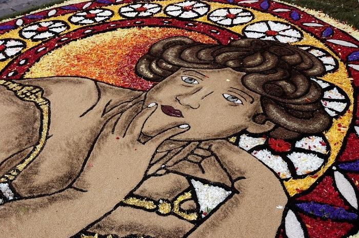 Итальянский фестиваль цветочный ковров Infiorata Festival.