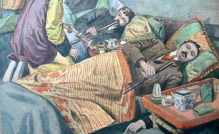 Курение опиума. | Фото: i2.wp.com.