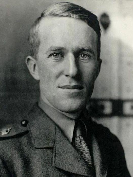 Лоуренс Аравийский - британский офицер и археолог.   Фото: abc.net.au.