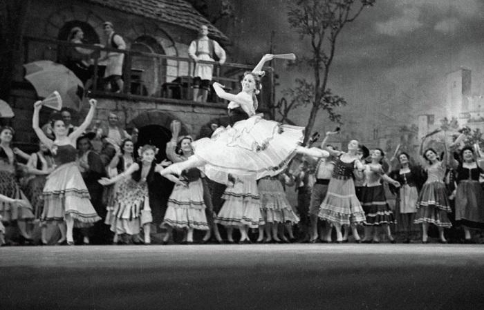 Ольга Лепешинская -<br>балерина со страстным темпераментом.   Фото: www.etoretro.ru.