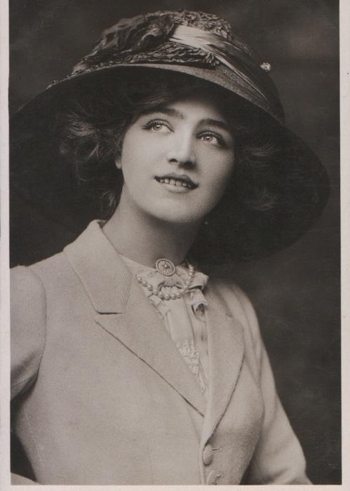 Лили Элси - самая фотографируемая девушка начала 20 века. | Фото: gopixpic.com.