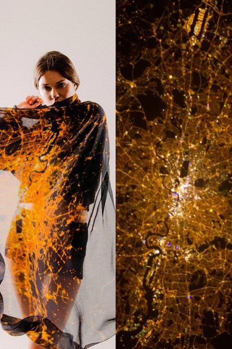 Коллекция шелковых шарфов Cities By Night.