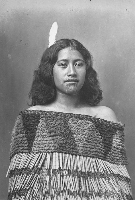 Представительница племени маори. | Фото: broadly.vice.com.