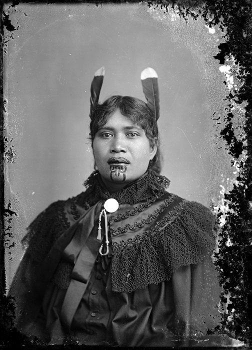 Женщина-маори, одетая в европейское платье. | Фото: flashbak.com.