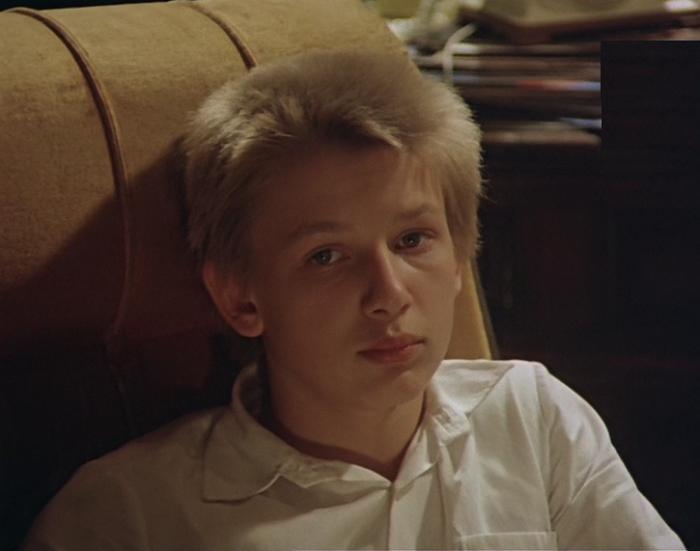 Кадр из к/ф «Выше радуги» (1986). | Фото: i72.fastpic.ru.
