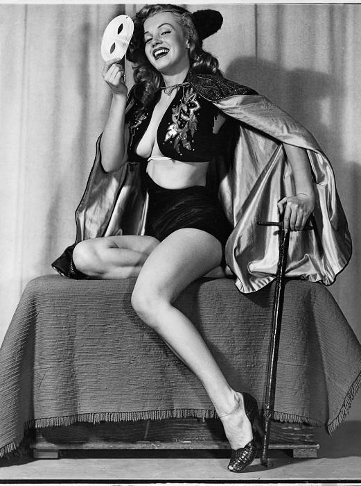 Мэрилин Монро - модель для pin-up-плакатов.| Фото: messynessychic.com.