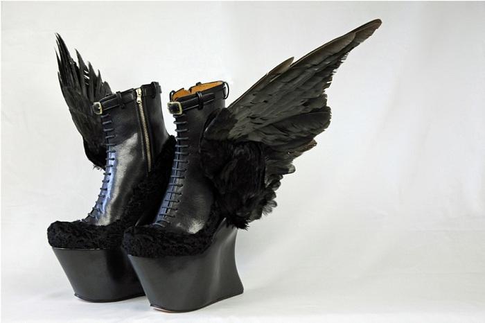 Экстравагантный дизайн обуви.