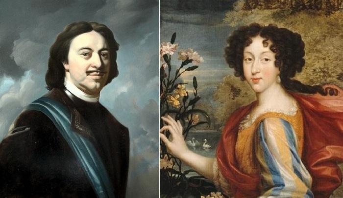 Слева: российский император Петр I, справа: испанская королева Мария Луиза Орлеанская.
