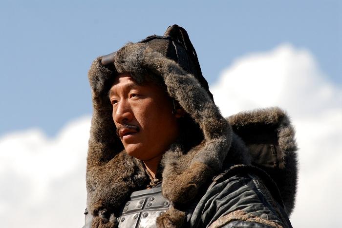 Монгольский головной убор -махалай.