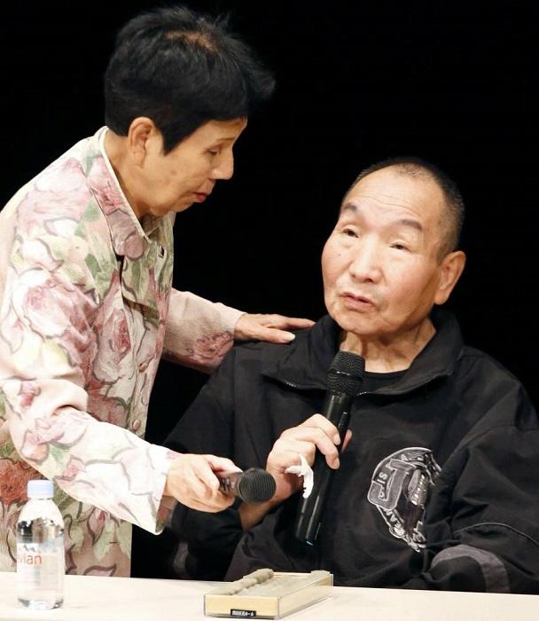 Ивао Хакамада дает интервью.   Фото: japantimes.co.jp.