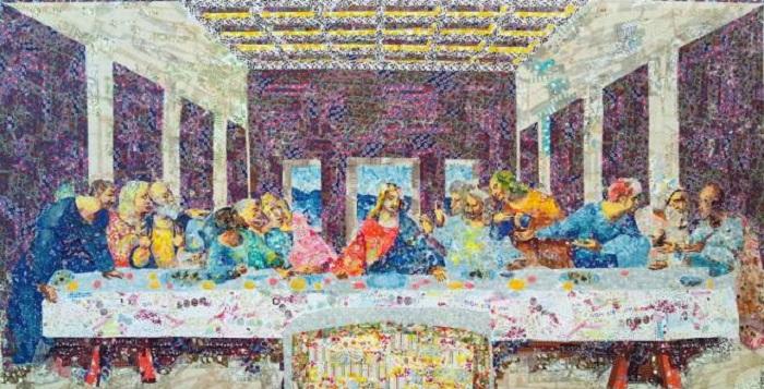 «Тайная вечеря» Леонардо да Винчи, сделанная из клейкой ленты.