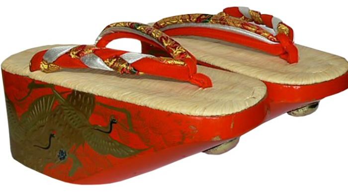 Традиционная японская обувь - окобо. | Фото: img-fotki.yandex.ru.