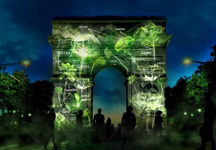 Мультимедийный лес, спроецированный на памятники в Париже.