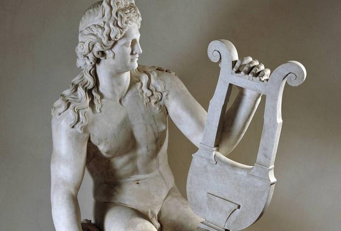 Аполлон играет на лире. I век н. э. | Фото: allday.com.