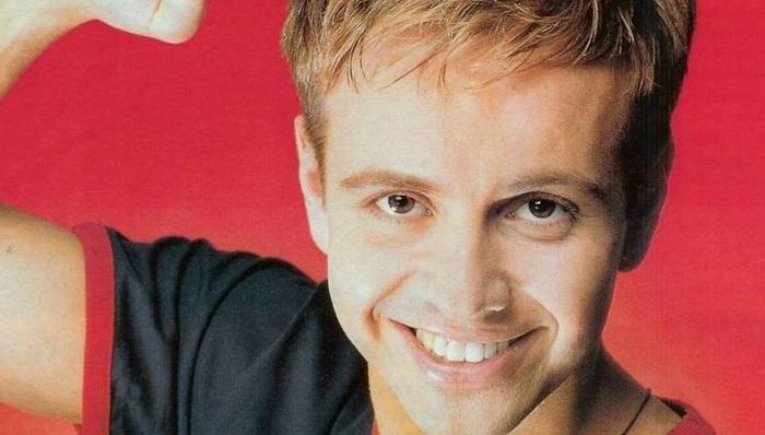 Андрей Губин - популярный в 90-х певец.