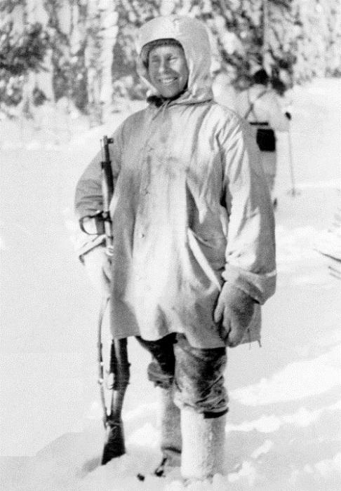 Симо Хяюхя - снайпер, который не пользовался оптическим прицелом. | Фото: wartime-blog.com.