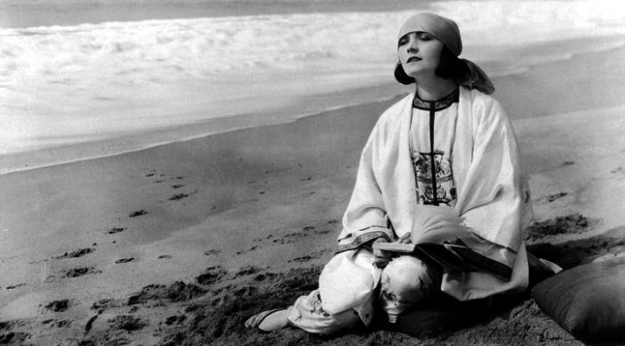Пола Негри - секс-символ эпохи немого кино.| Фото: vokrugzvezd.com.
