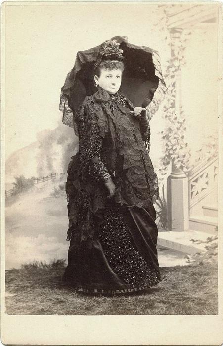 Беременные в викторианскую эпоху боялись солнца.   Фото: livemaster.ru.