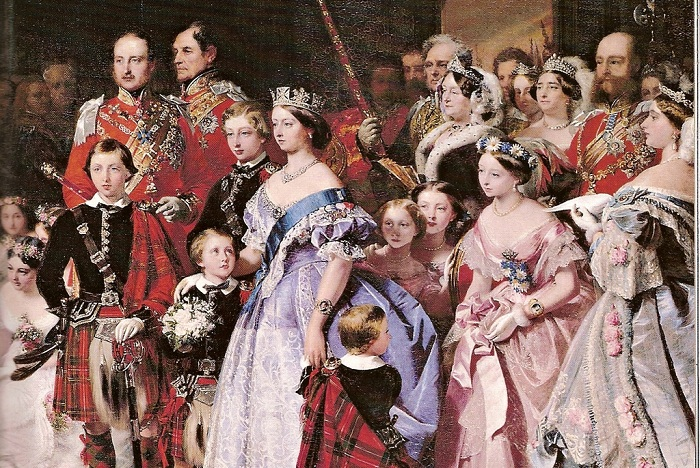 Королева Виктория при дворе. | Фото: colors.life.
