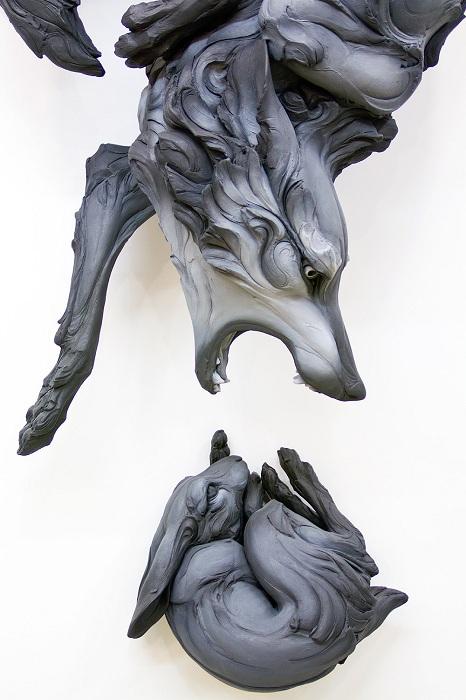 Скульптуры, выражающие человеческие эмоции.