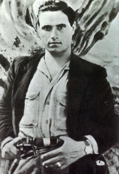Salvatore Giuliano - сицилийский Робин Гуд. | Фото: dlm11.meta.ua.