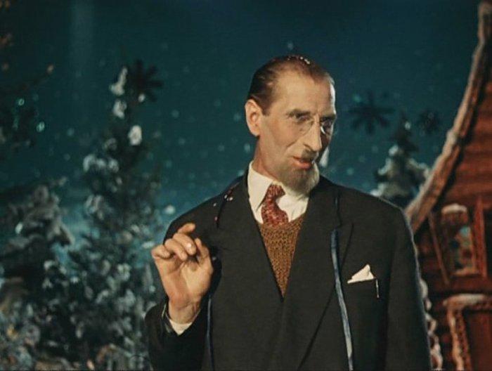Сергей Филиппов в роли лектора из к/ф «Карнавальная ночь» (1956).| Фото: minialko.ru.