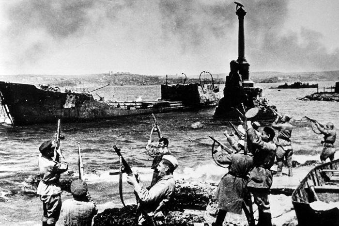 Снимок Севастополя во время Второй мировой войны. | Фото: school17d.ucoz.org.