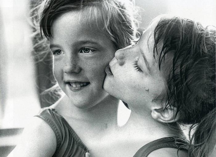 Сестры Хенсел в детстве. | Фото: dictat.net.