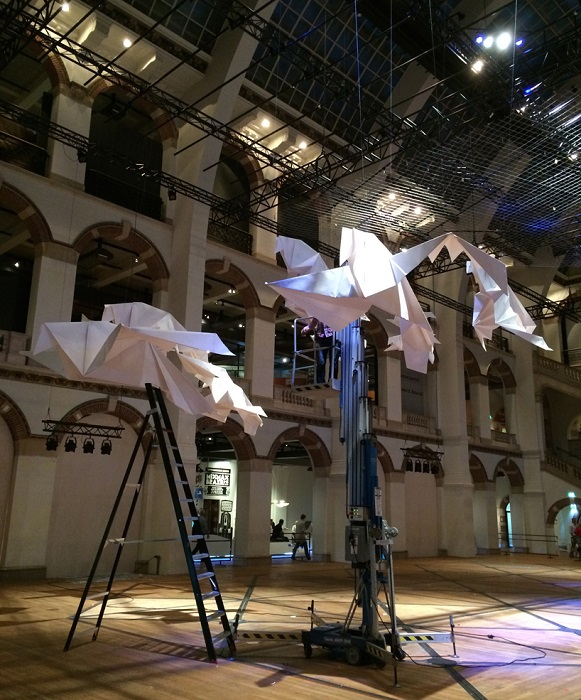 Установка инсталляции «Giga origami».