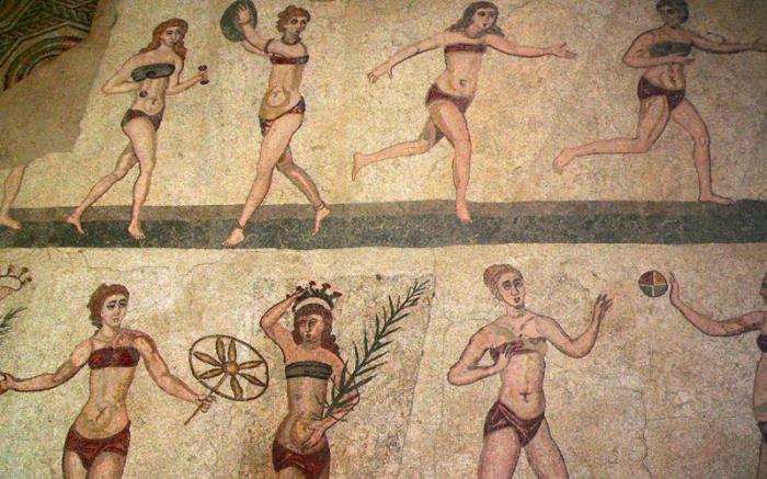 В Древнем Риме роль бюстгальтера выполняли тугие повязки.