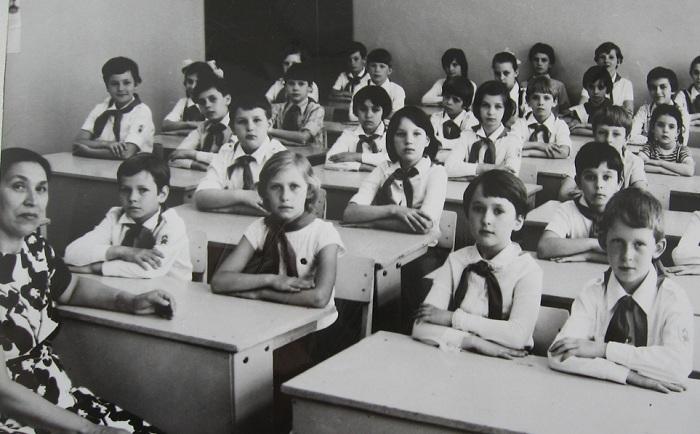 На уроках и переменах в советских школах существовали совершенно разные порядки.