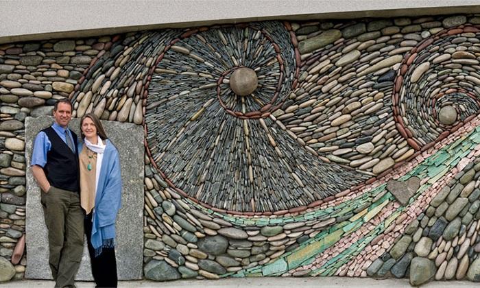 Великолепные настенные мозаичные композиции.