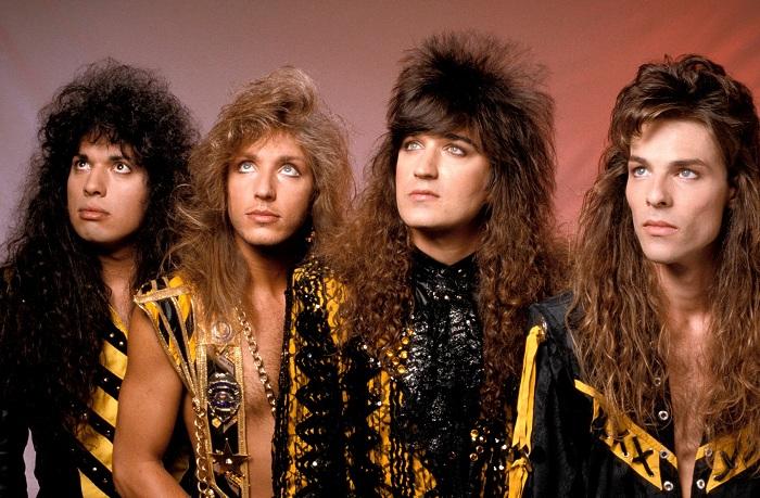 Stryper - первая американская христианская рок-группа, играющая в стиле глэм-рок. | Фото: images1.laweekly.com.