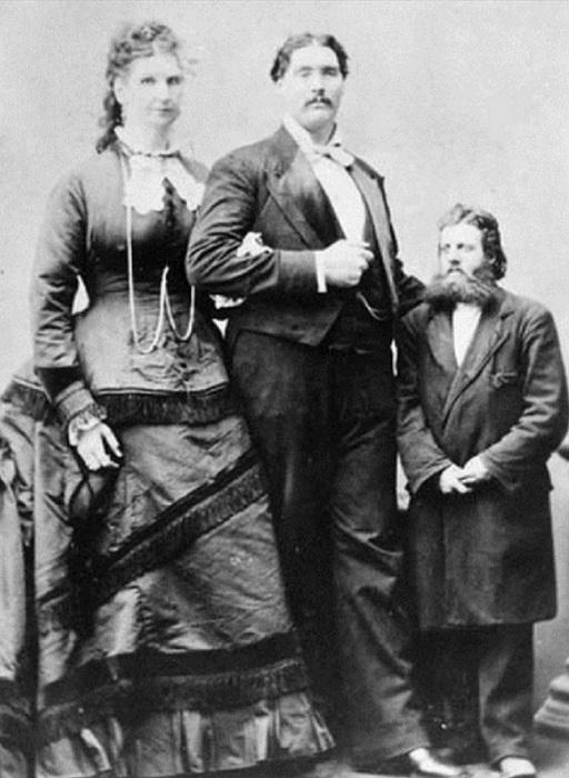 Самая высокая женщина ростом 2,29 м. | Фото: colors.life.