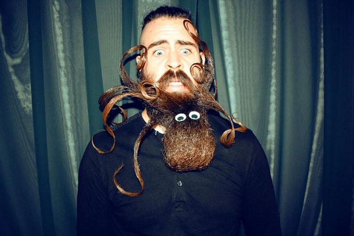 Осьминог из бороды.