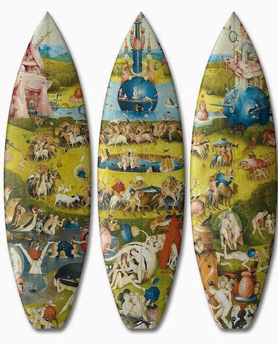 «Сад земных наслаждений» - репродукция картины на досках для серфинга.