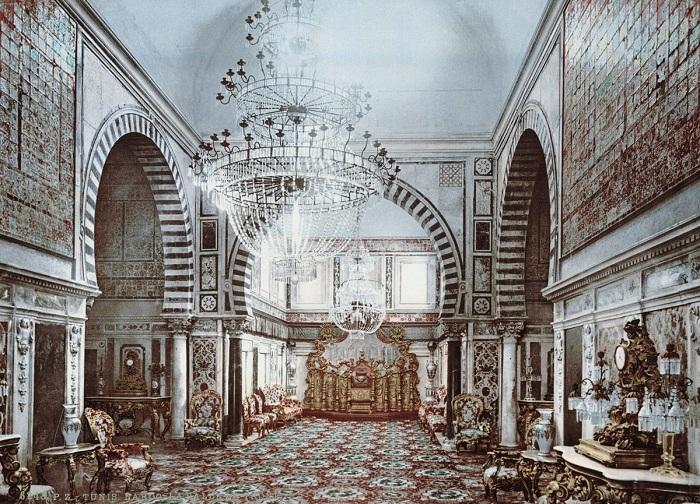 Тронный зал в дворце Бардо.