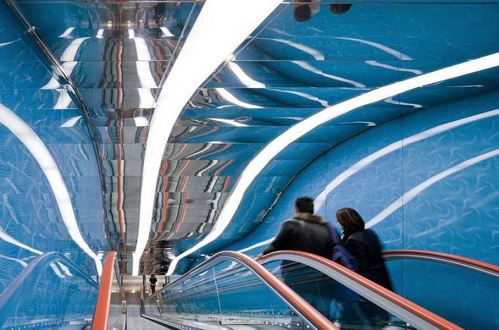 Станция, оформленная современными дизайнерами.