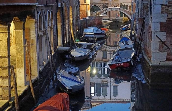 Венецианские каналы без воды.